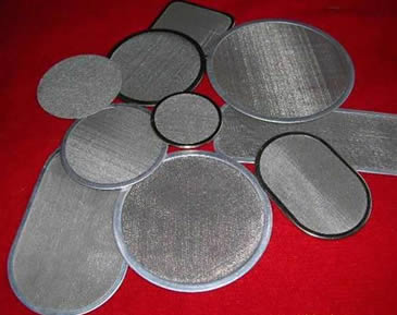 Round and oval stainless steel filter disc with wrapping edges.