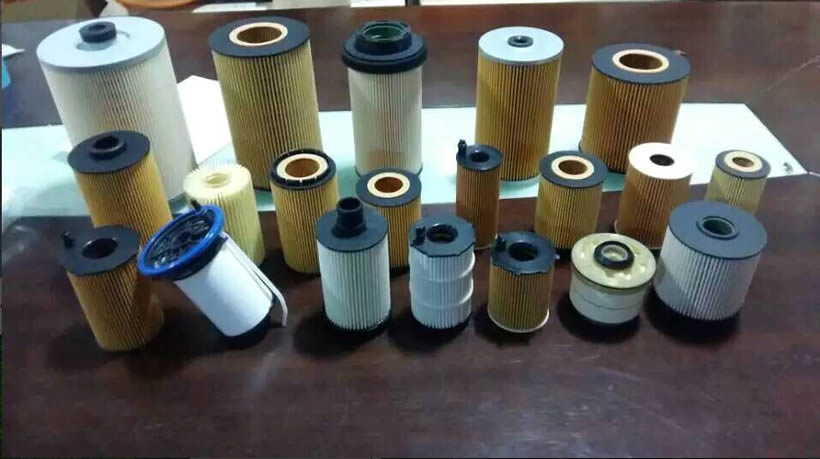 Many piece of gas and diesel universal filter elements.